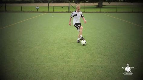 How to do the Pull Push Move - Football Soccer Ball