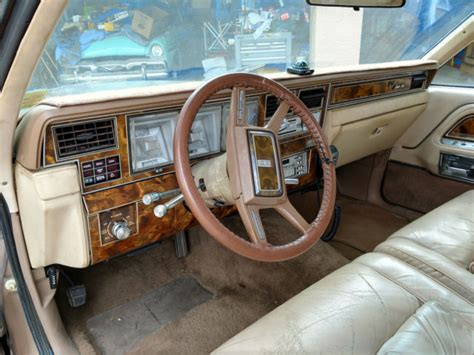 1981 Lincoln Town Car Signature Edition 2 Door 118k miles